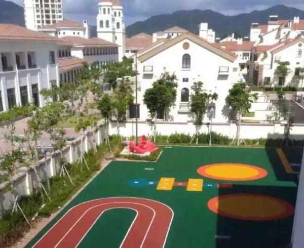 海南三亚私人幼儿园 EPDM地面